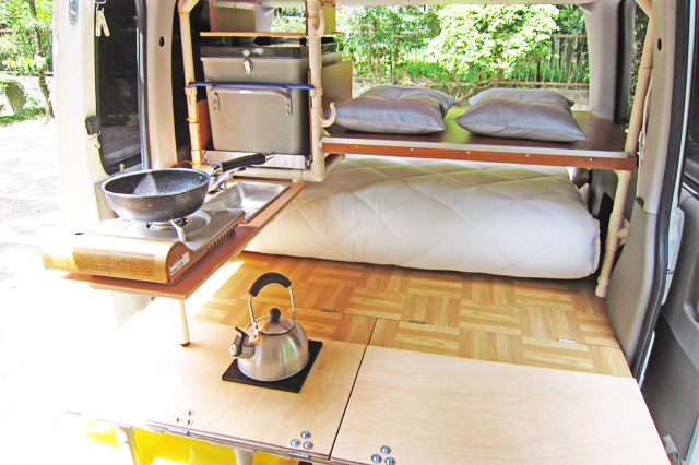 Daihatsu Atrai Miniature Camper Bed and Kettle