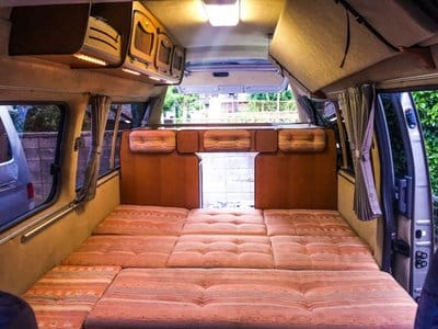 Nissan Caravan Bross campervan bed position