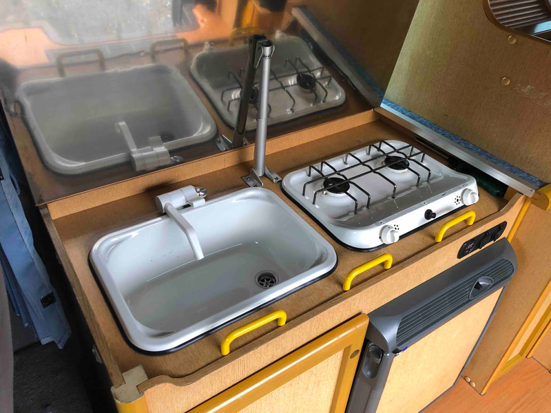 Nissan Craft Camper - kitchen facilities